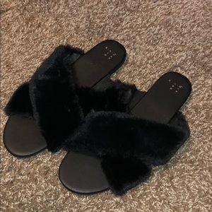 Women's Frannie Crossband Faux Fur Slide Sandals